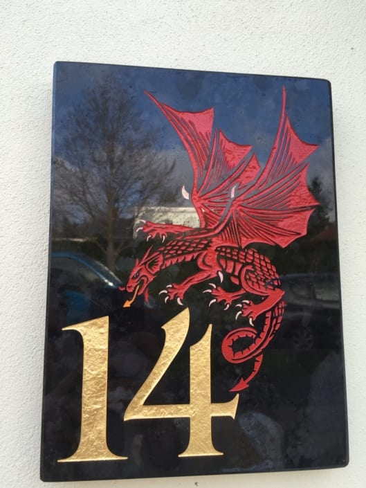 house plaque red dragon